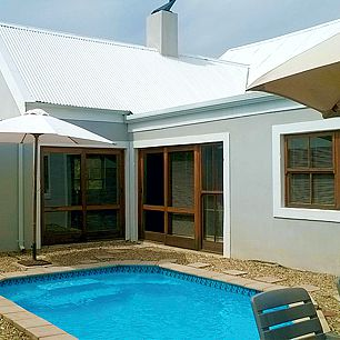 Pool at Eldorado Self-catering Guest House Riebeek Kasteel.